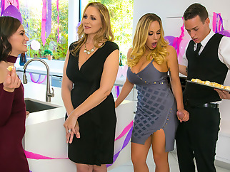 Julia Ann Olivia Austin Justin Hunt in My Stepmoms Social Club - BrazzersNetwork big tits cunnilingus fingering